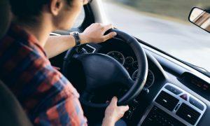 Advantages of Hiring Chauffeur Services in Dubai