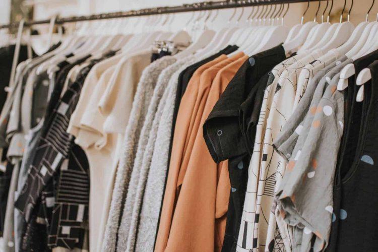 9 Ways to Shop Cheap and Upgrade Wardrobe